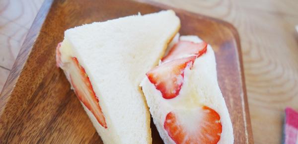 イチゴ日和のイチゴサンド