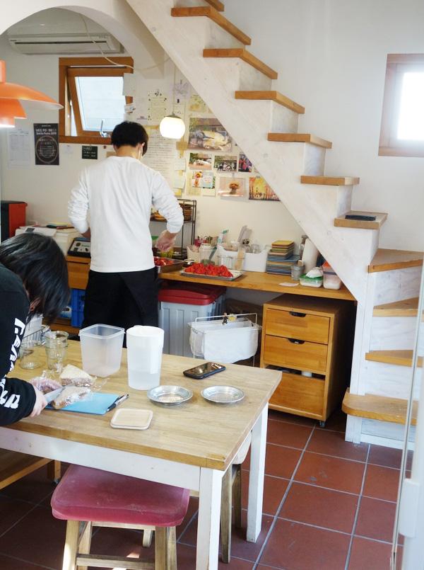 いちご日和の厨房