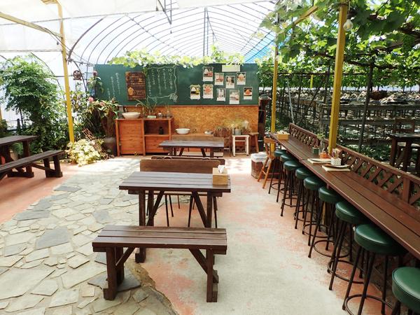 ゆきもと農園のカフェスペース