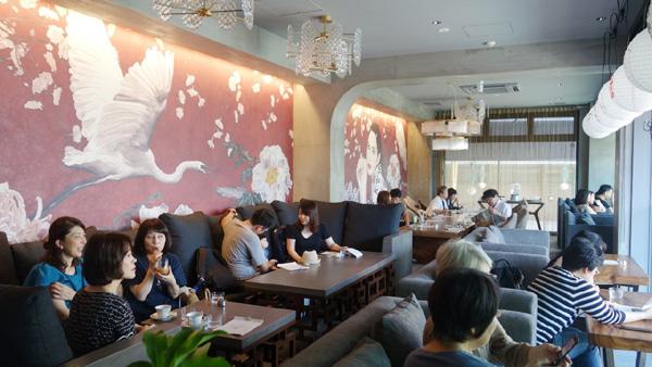 白鷺珈琲の壁画アート