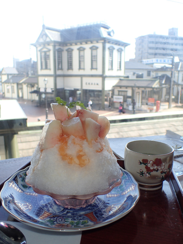 白鷺珈琲 マドンナ氷ごろっとピーチ