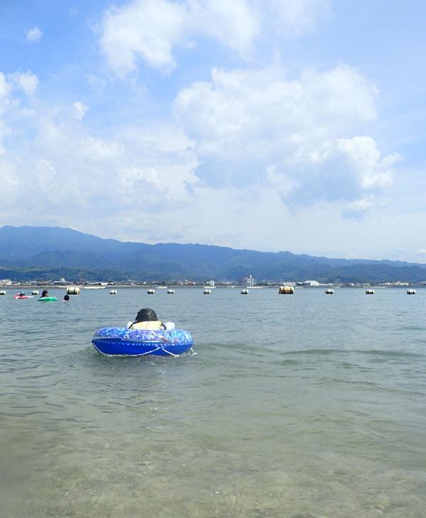 鹿島海水浴場の様子
