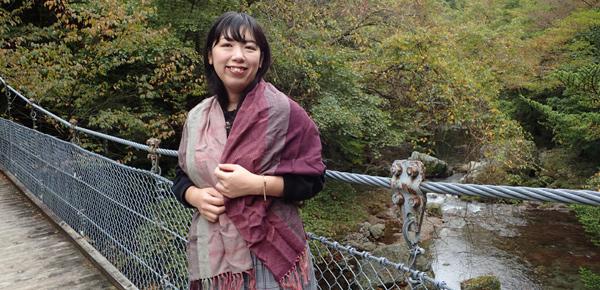 小田深山渓谷と秋色マフラー