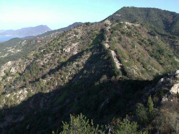 鷲ヶ頭山と安神山の登山ルート ドローン空撮