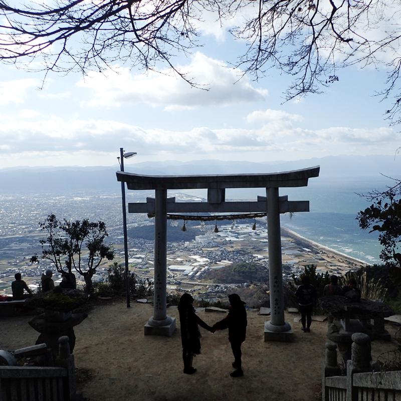 高屋神社の天空の鳥居